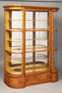 A BIEDERMEIER GLASS CASE
