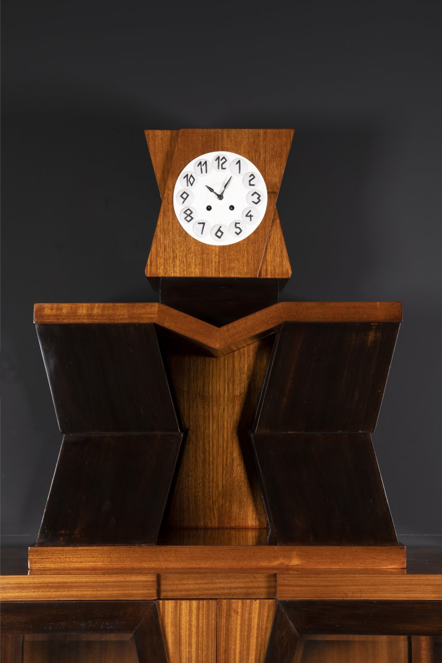 CUBIST GLASS CABINET WITH CLOCK