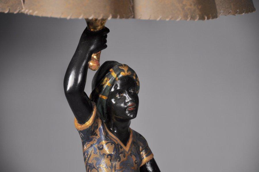 VENETIAN SERVANT LAMP