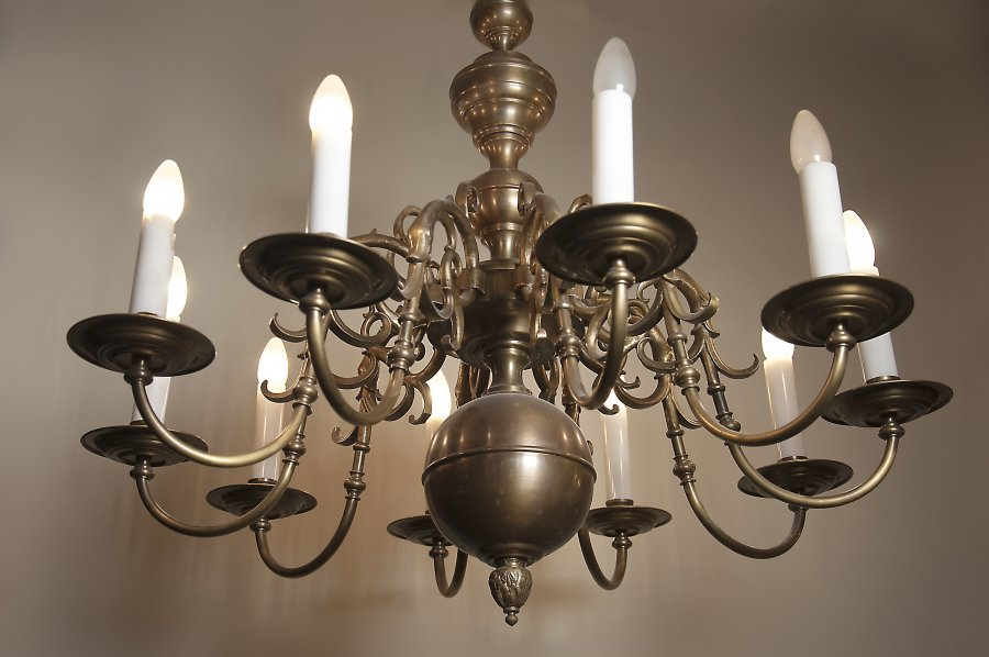 BRASS DUTCH CHANDELIER